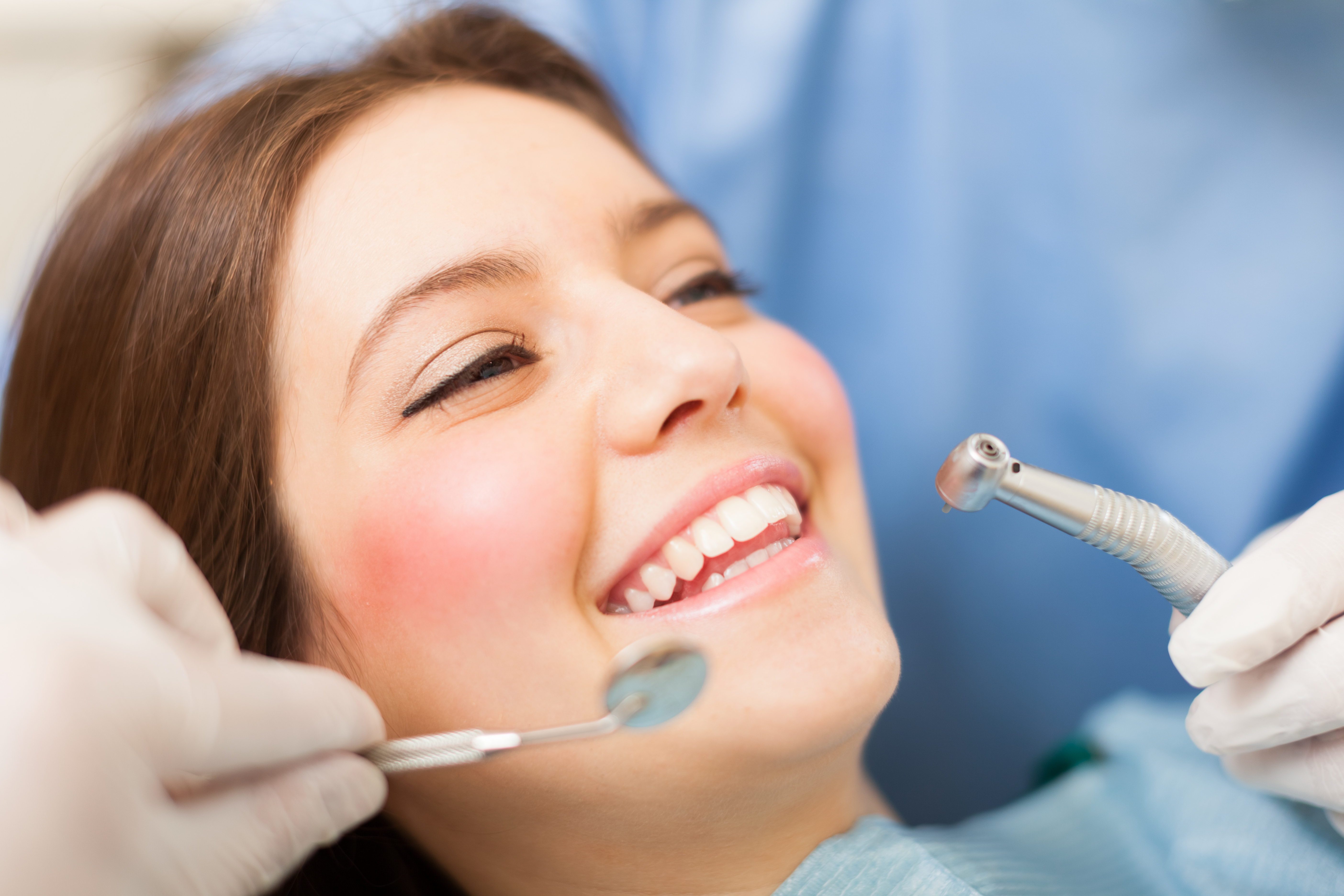 Where can I find a Cosmetic Dentist in Jupiter Florida ?